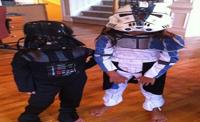 Darth and Stormtrooper_WP